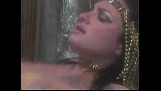 فيلم سكس اسباني كلاسيكي طويل بعنوان المغتصب الذي لا يشبع xxx فاتنة ...