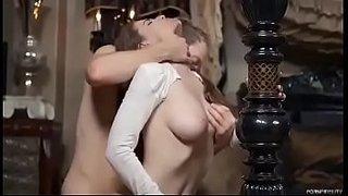 سكس عنيف مع زوجة الاخ الشرموطة تعشق العنف الجنس العربي القذر